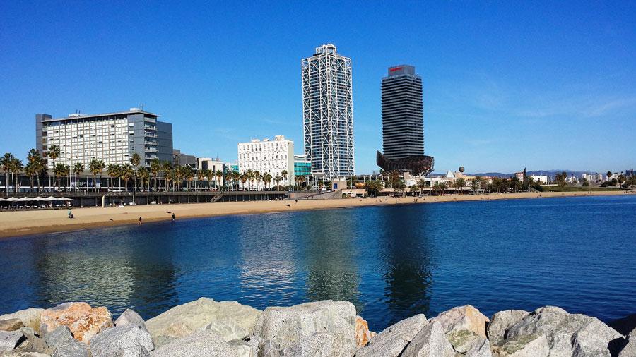 Barcelona Sehenswürdigkeiten: Barceloneta Strand