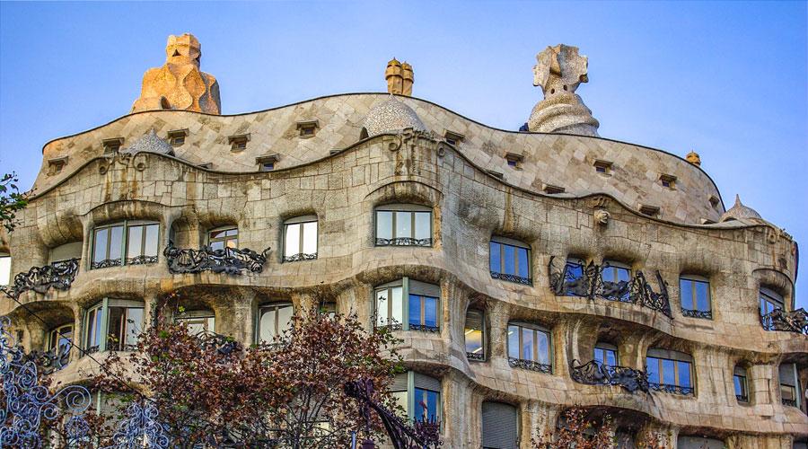 Barcelona Sehenswürdigkeiten: Casa Mila Gaudi
