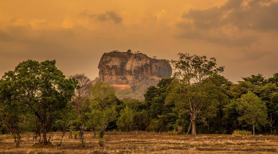 Sri Lanka Sehenswürdigkeiten: Sigiriya Löwenfelsen