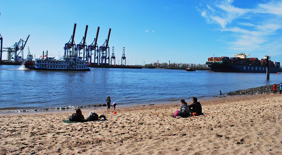 Hamburg Sehenswürdigkeiten: Elbe, Elbstrand