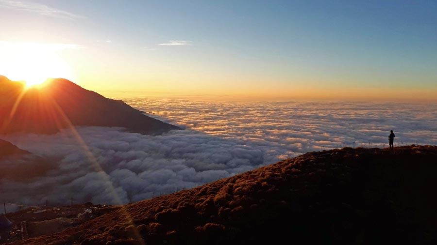 Mardi Himal Trek: High Camp, Siding
