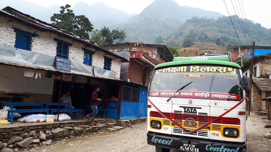 Mardi Himal Trek: Bus, Transport