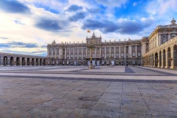 Spanien Sehenswürdigkeiten: Madrid, Königspalast, Stadtschloss