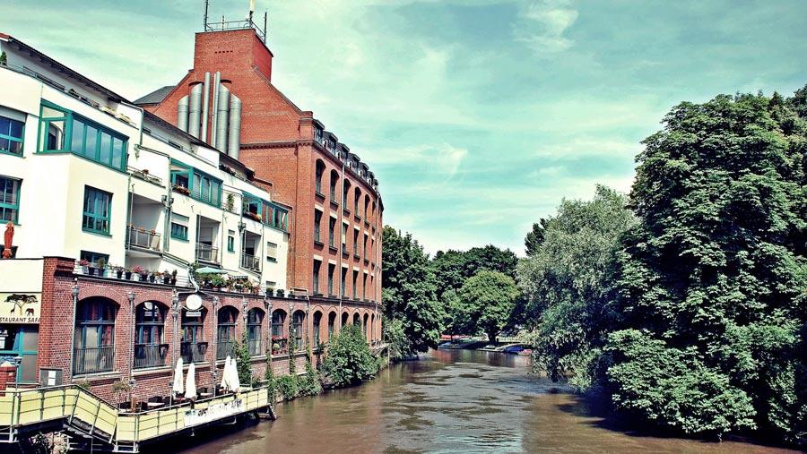 Leipzig Sehenswürdigkeiten: Ausflugsziel, Kanal