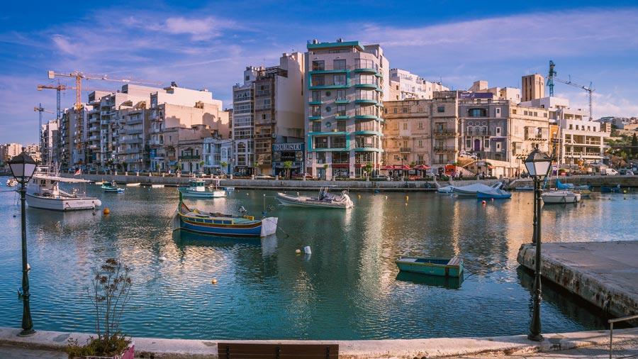 Malta Sehenswürdigkeiten: St. Julian's Bay