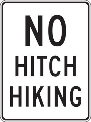 Trampen Tipps: Schild Hitchhicking