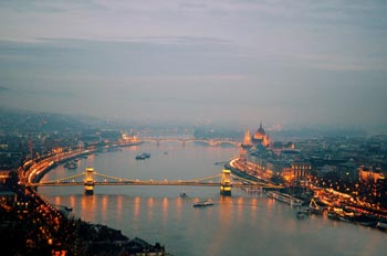 Schönste Städte Europas: Budapest, Fluss, Brücke