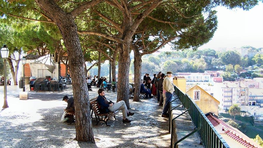 Lissabon Sehenswürdigkeiten: Miradouro da Graca