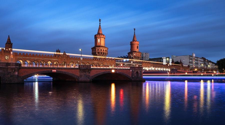 Fluss Spree, Berlin Oberbaumbrücke