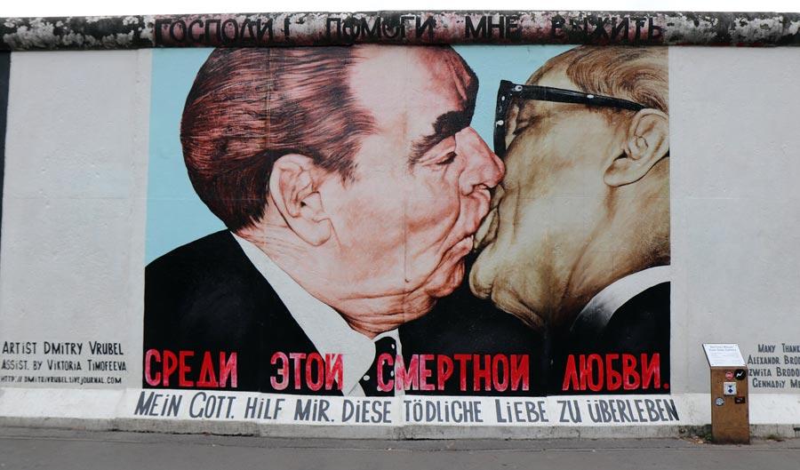 Bruderkuss, Berliner Mauer