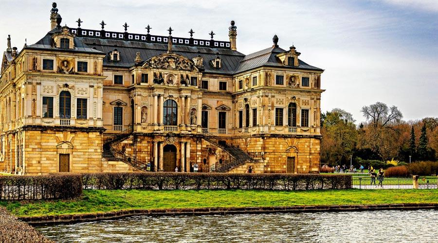 Großer Garten, Palais Dresden