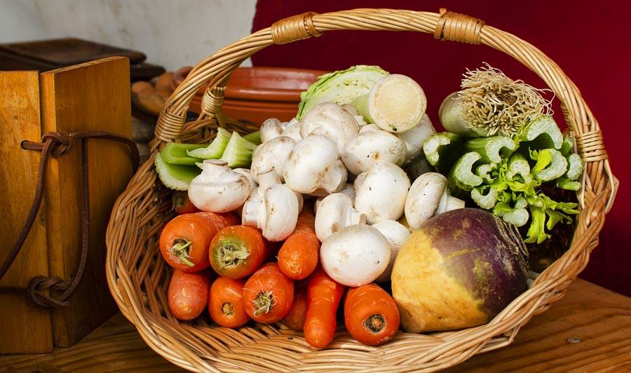 Nachhaltige Geschenkidee: Biokiste, Obst und Gemüse
