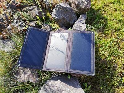 Solar Ladegerät Test: Aukey 21 Watt