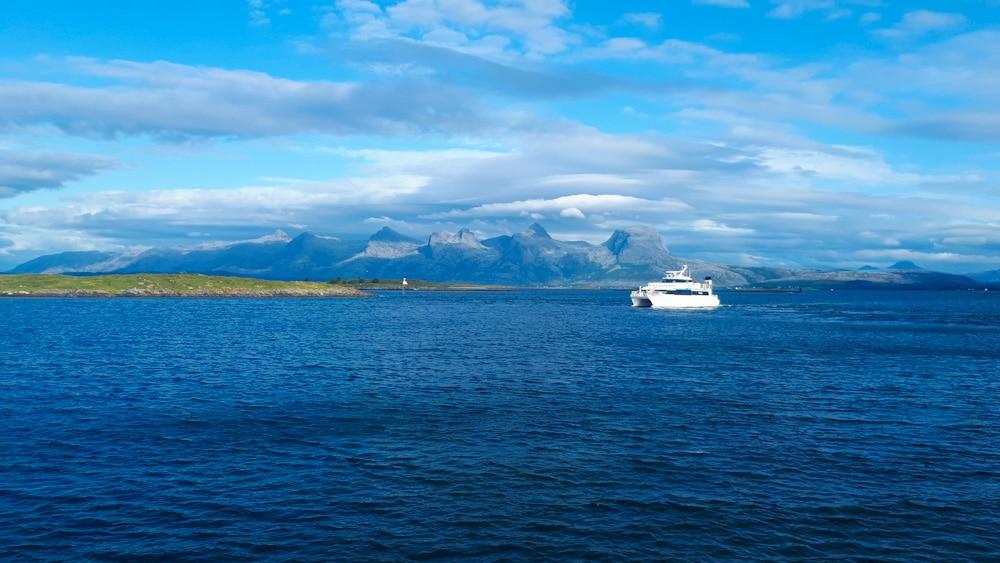 Fährfahrt in Helgeland