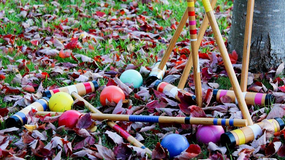 Outdoorspiel Krocket, ein tolles Gartenspielzeug