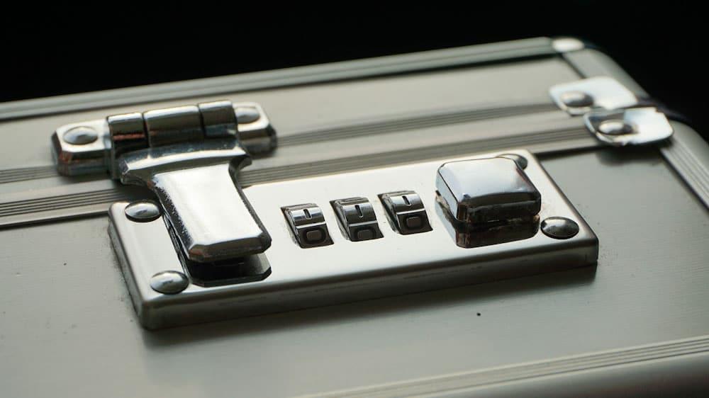 Anti-Diebstahl Rucksack: Verschlusssystem an der Tasche