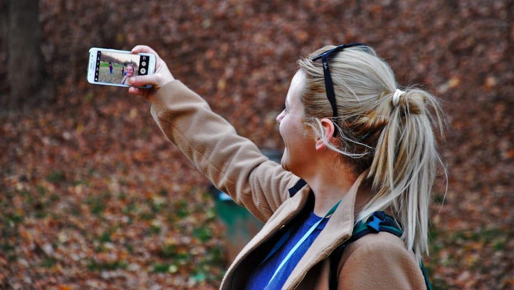 Datenübertragung vom Reiserouter auf das Smartphone