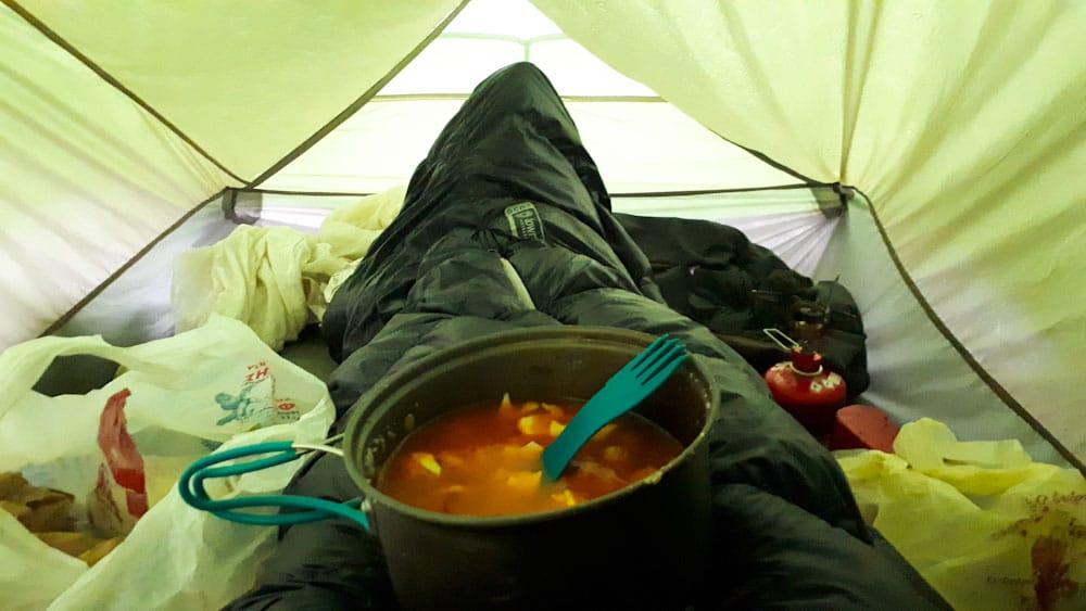 Ultraleichtes Zelt - genug Platz für die Füße