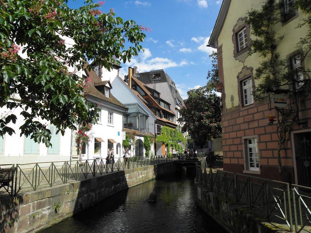 Freiburgs Gewerbekanal in der Gerberau