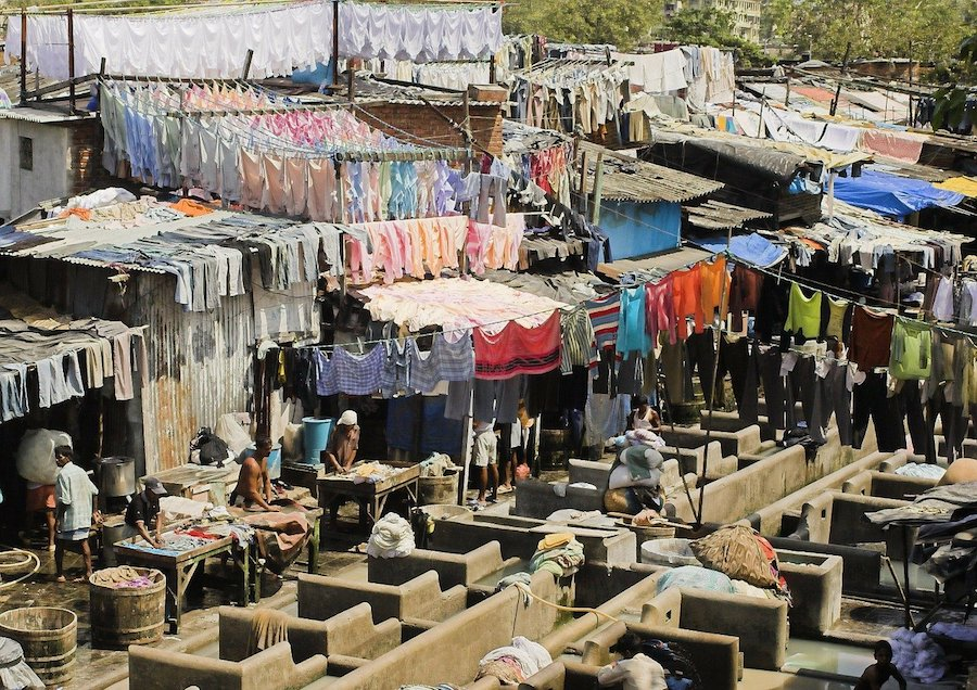 """""""Wasch-Slum"""" Dhobi Ghat in Mumbai"""
