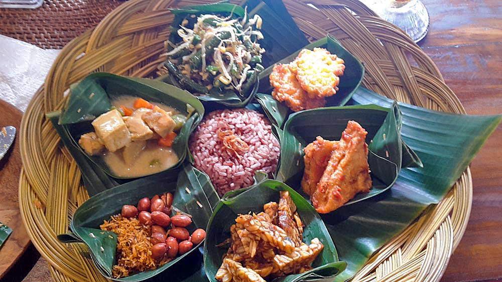 Balinesisches Essen: Nasi Campur