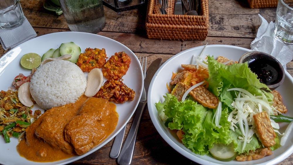 Balinesisches Essen in Amed