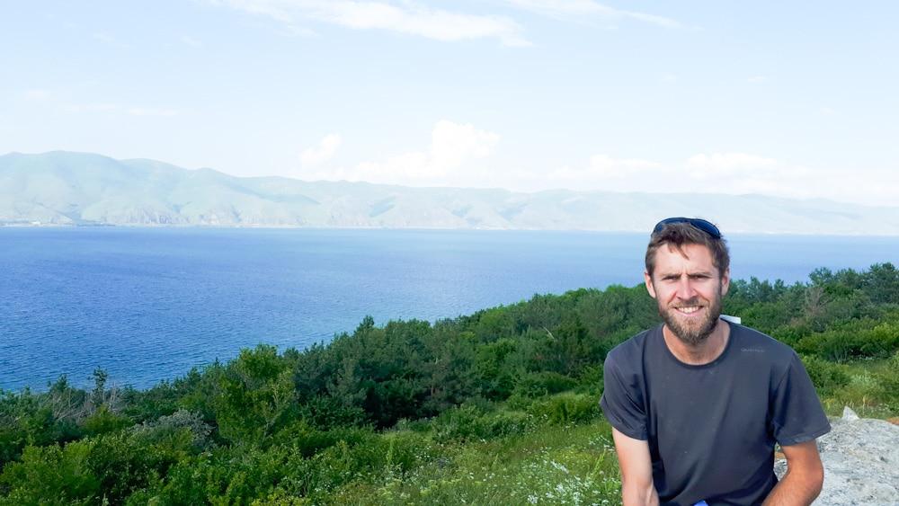 Blick von der Halbinsel Sewanawank auf den Sewansee