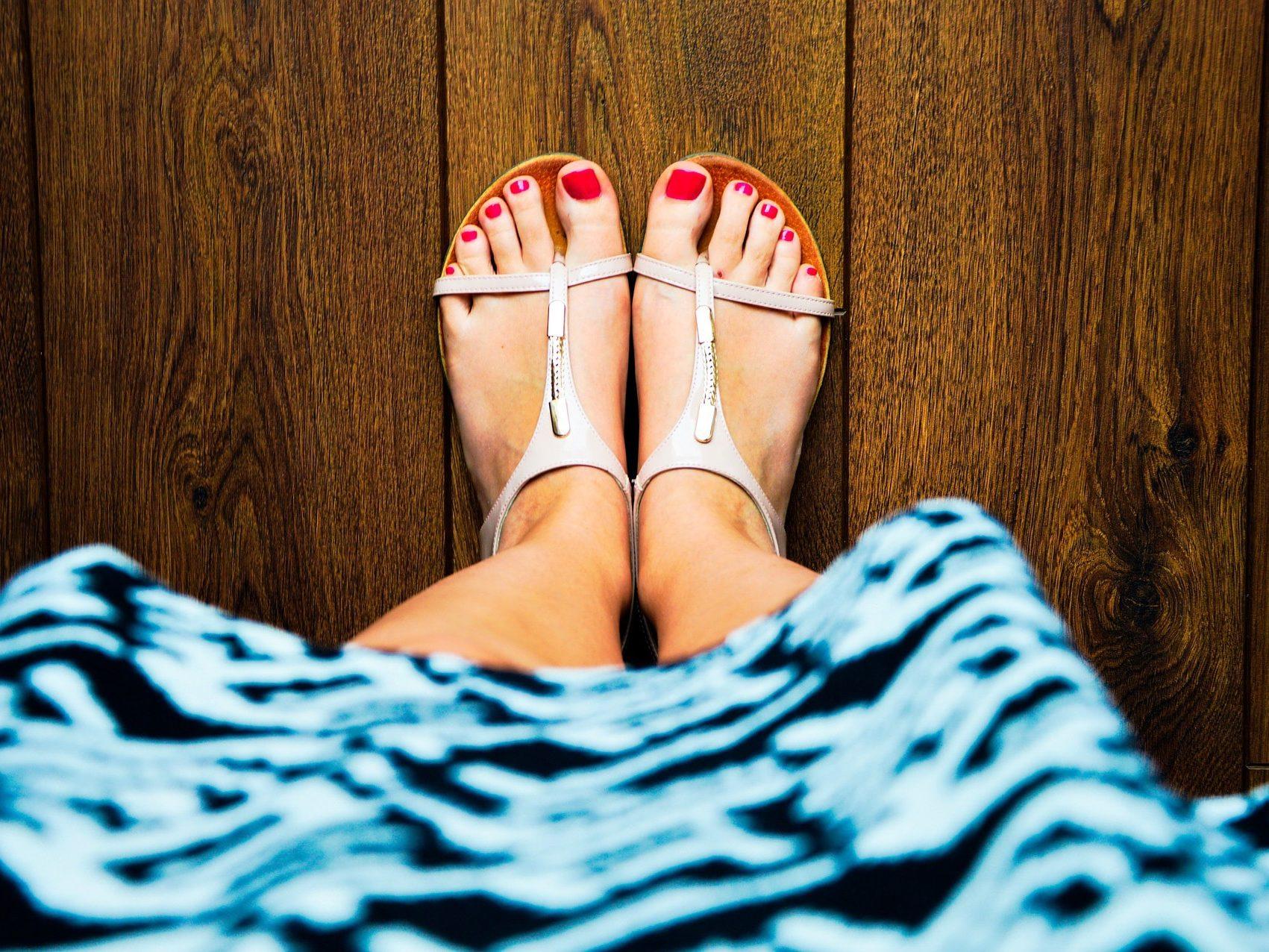 Barfuß Sandalen: perfekt für den Sommer