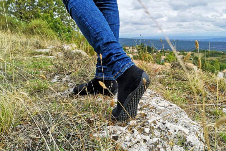 Laufen in Barfußschuhen: Wie gehen wir richtig in minimalistischen Schuhen?