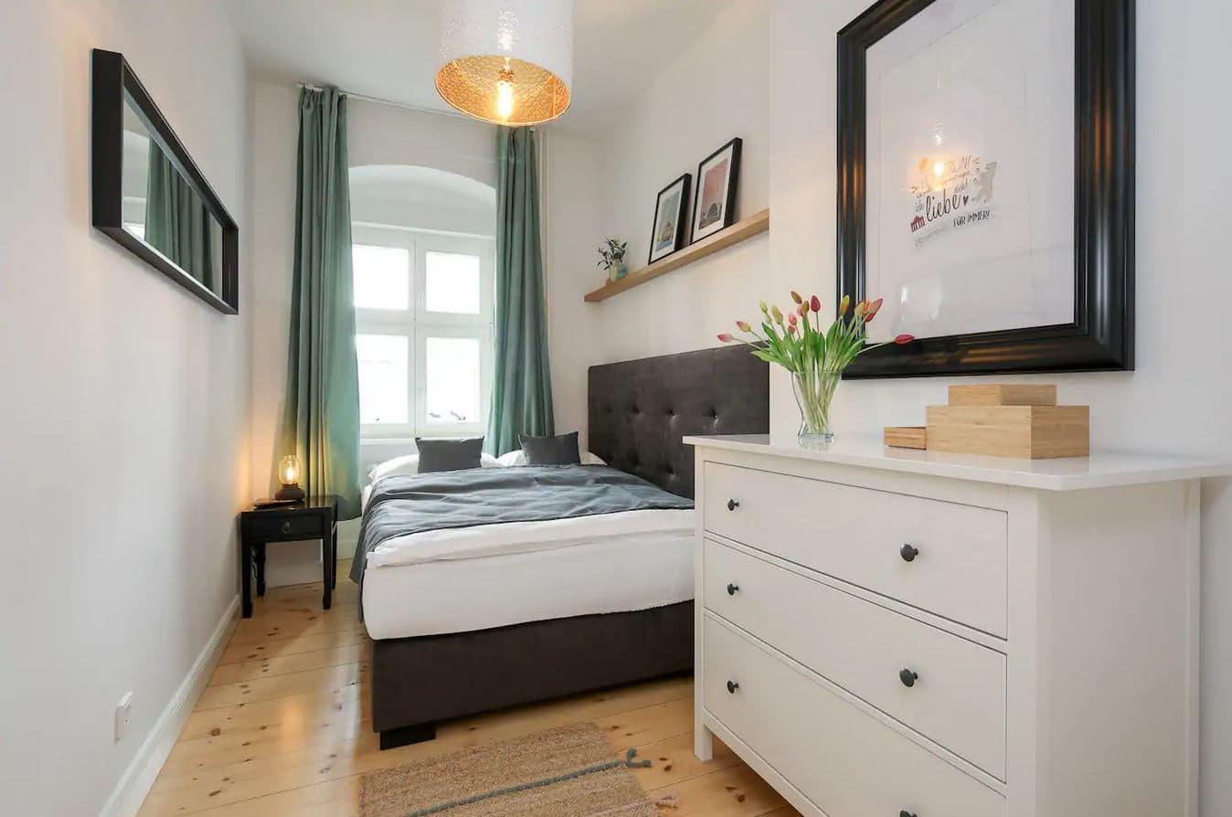 Luxuriöse Altbauwohnung in Berlin, Reise