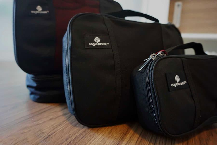 rucksack-richtig-packen-packwuerfel