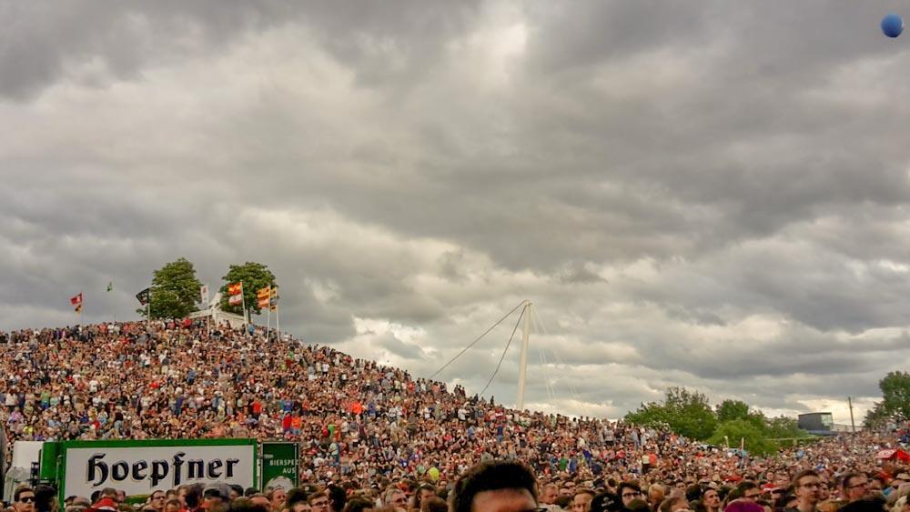 Günther-Klotz-Anlage während Das Fest-Festival Hügel mit Menschenmenge