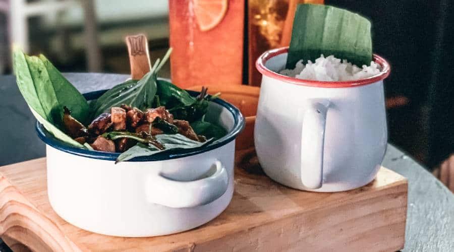 Das Bai Sach Chrouk aus Kambodscha kaufen und essen