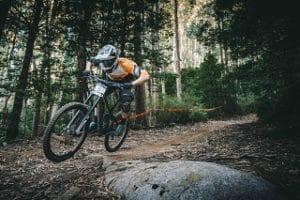 Die guten Fahrradhelme für Downhill Fahrer im Test
