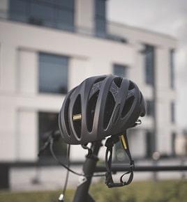 Fahrradhelm richtig einstellen im Test