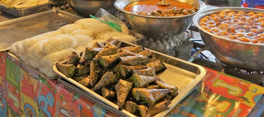 Leckeres Dessert Khao tom mat aus Laos