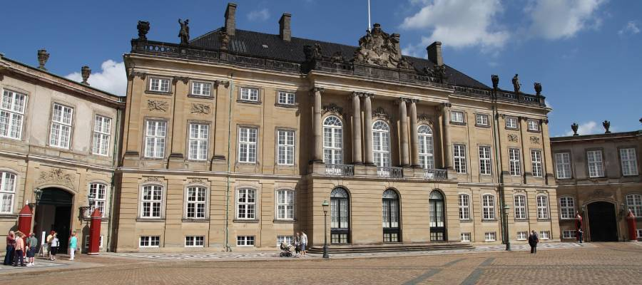 Schloss Amalienborg in Kopenhagen besuchen