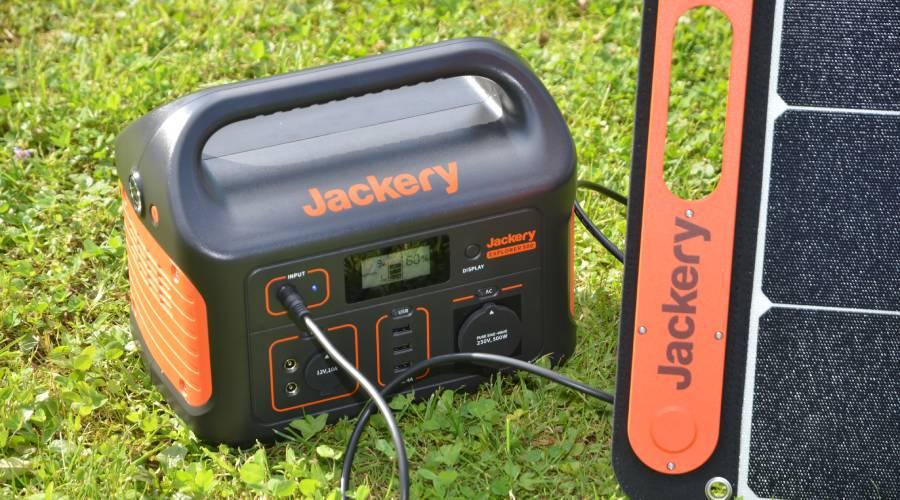 In Wohnmobilen, Vans oder auf dem Camping die Jackery Explorer 500 testen