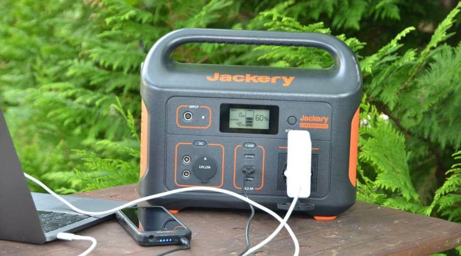 Jackery Tragbare Powerstation Explorer 500 im Einsatz