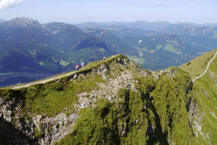 Teil des Kammwegs in Bayern mit fantastischer Aussicht