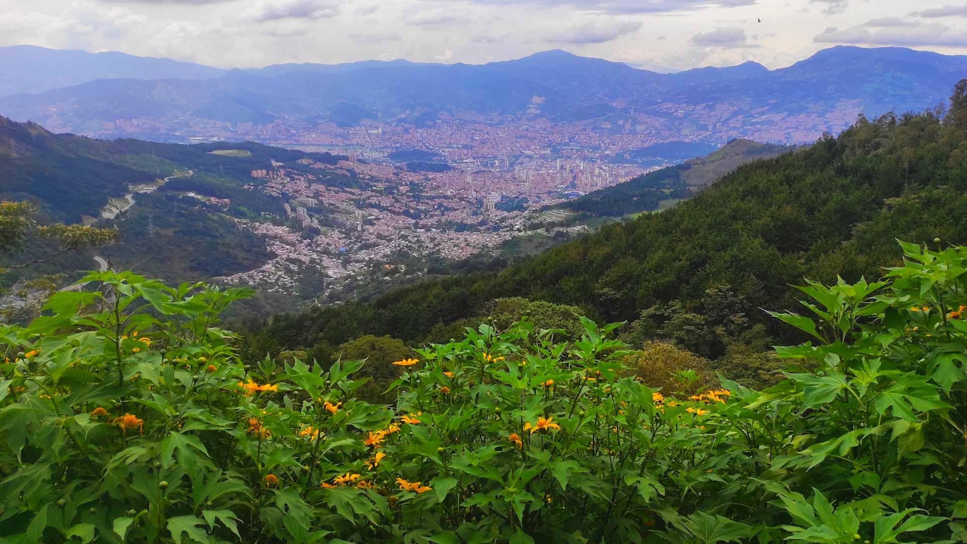 kolumbien-sehenswuerdigkeiten-stadt-medellin