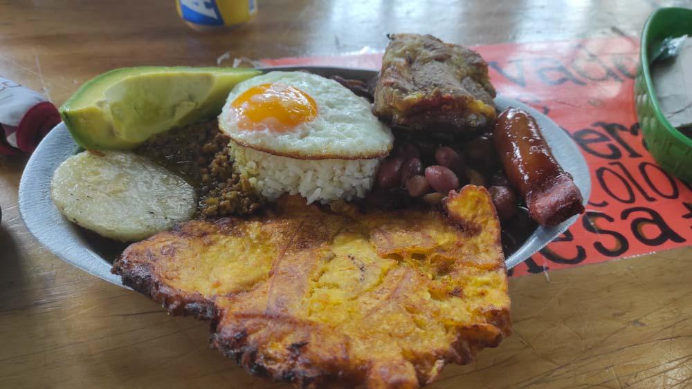 kolumbien-reise-kolumbainisches-essen