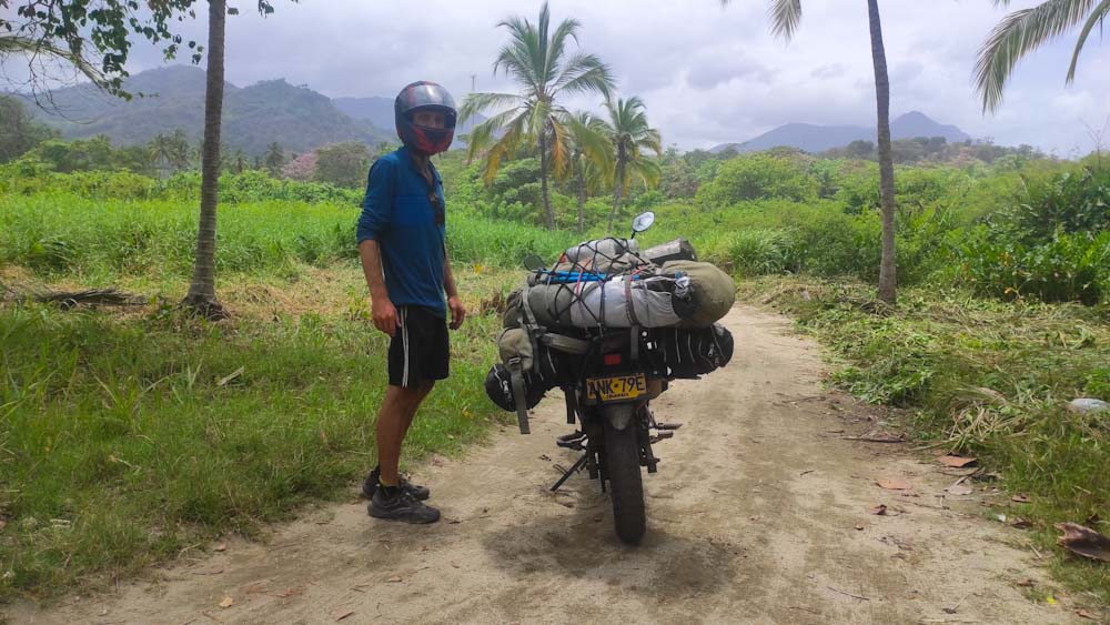 kolumbien-reise-motorrad-land