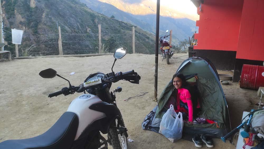 kolumbien-reise-unterkunft-zelt